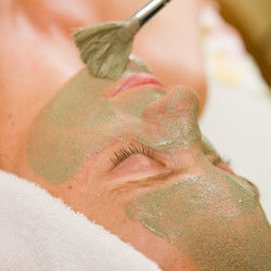 Hawaiian Herbal Facial*